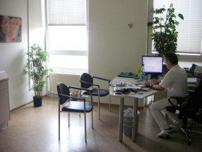 diabetes-praxis-hanau-sprechzimmer1